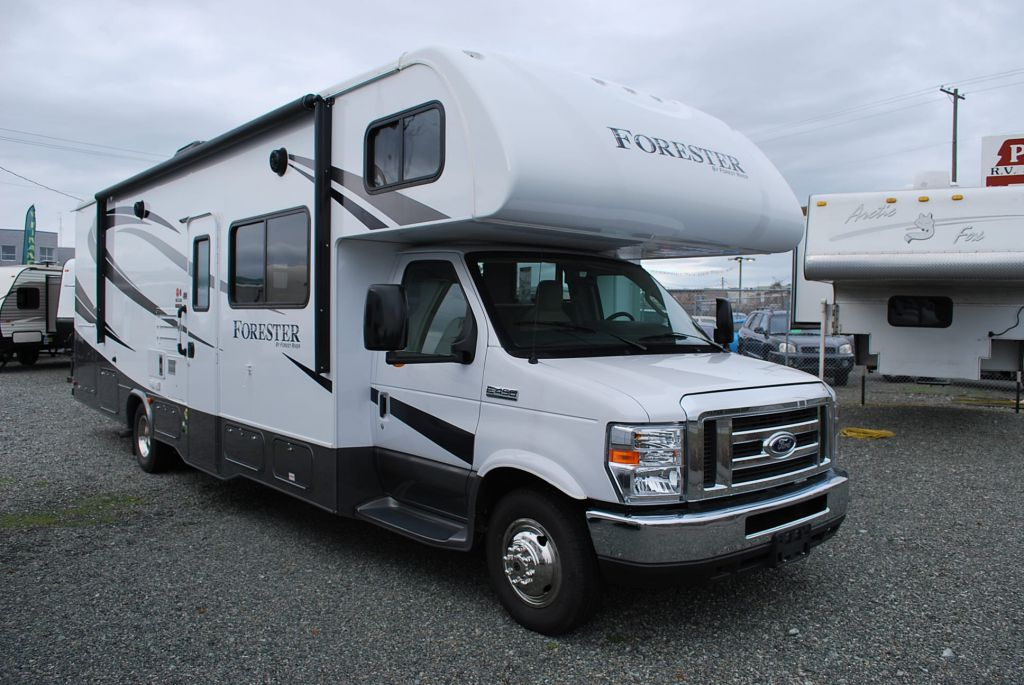 2016 FOREST RIVER FORESTER 3051S