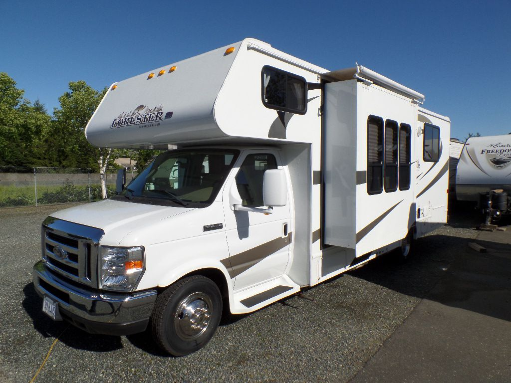 2009 FOREST RIVER FORESTER 2651 SF