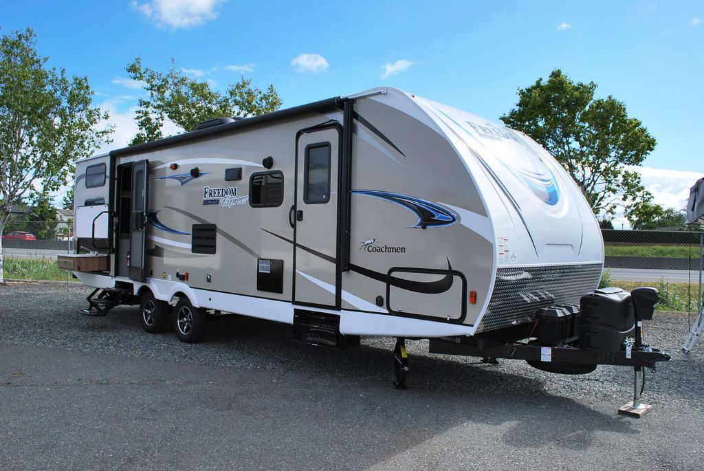 2019 COACHMEN FREEDOM EXPRESS 287 BHDS