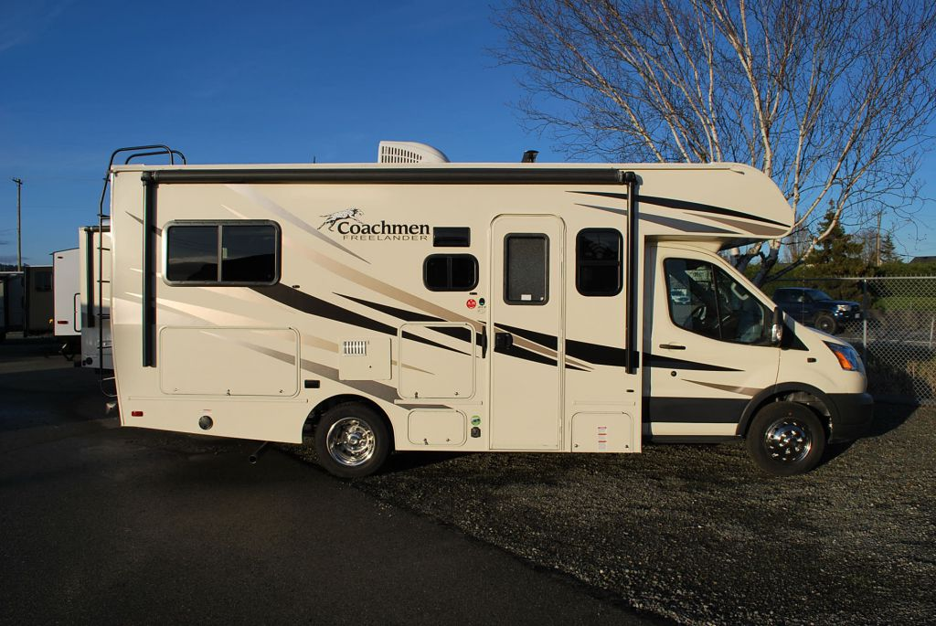 2019 COACHMEN FREELANDER 20 CB