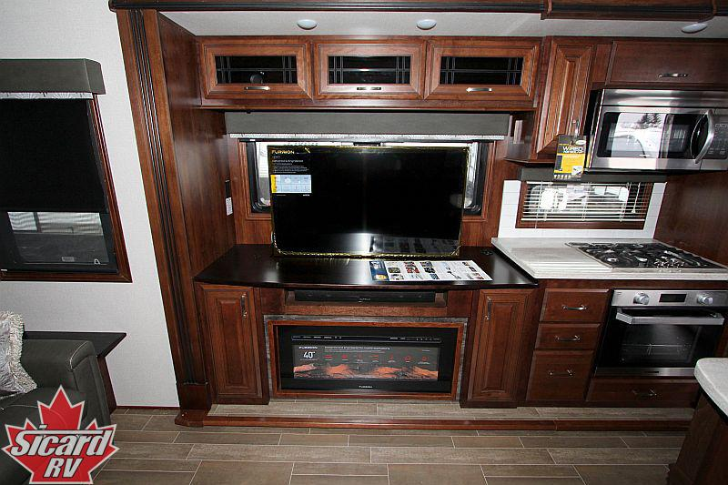 NEW 2019 JAYCO PINNACLE 36FBTS FIFTH WHEEL - Smithville