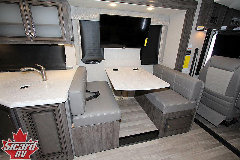 2019 FLEETWOOD FLAIR 34J
