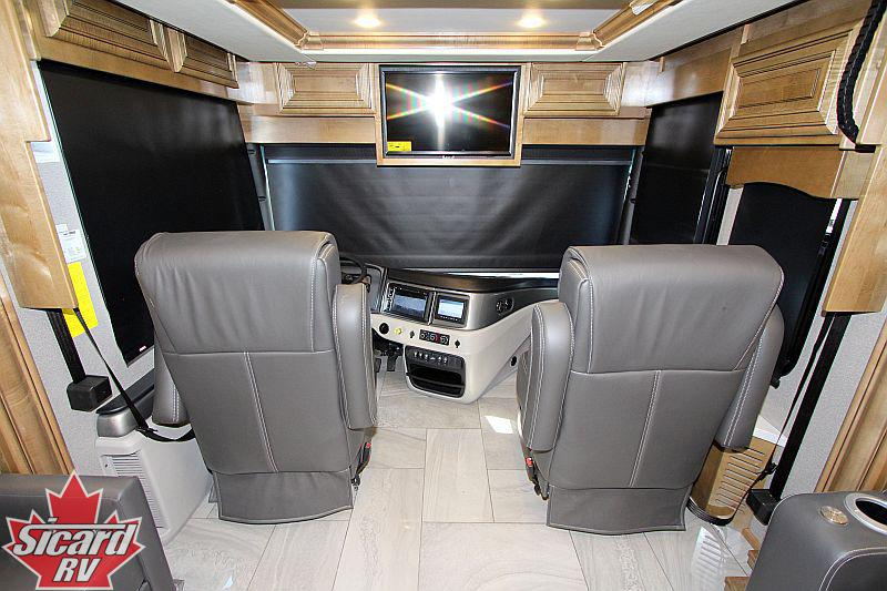 2020 FLEETWOOD DISCOVERY LXE 40M