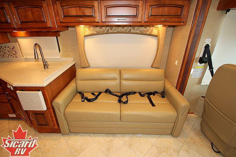 2011 HOLIDAY RAMBLER NEPTUNE 36PFT