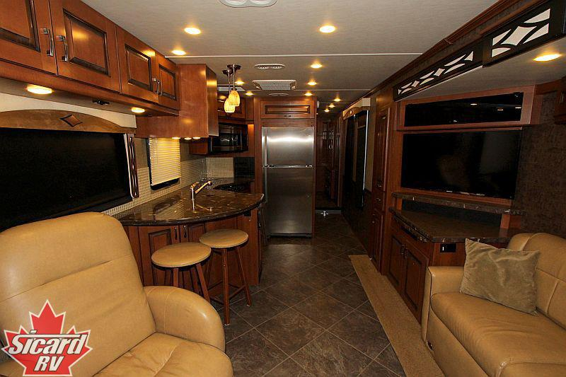2015 FLEETWOOD EXCURSION 35B