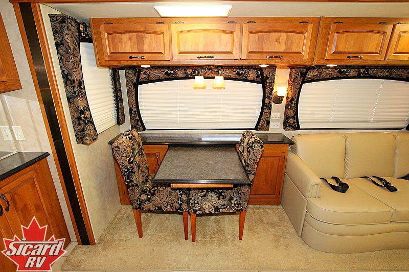 2008 HOLIDAY RAMBLER NEPTUNE 38PBD