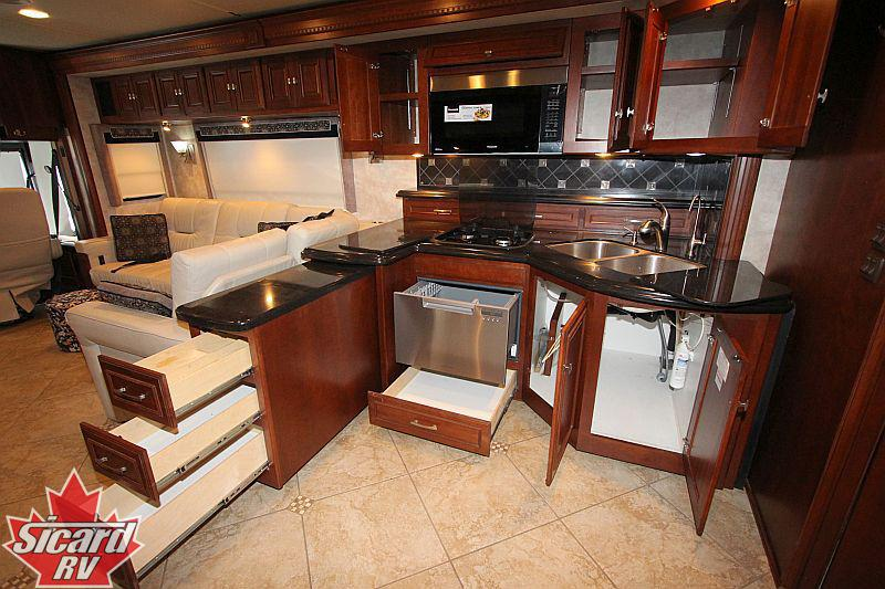 2011 WINNEBAGO TOUR 42QD