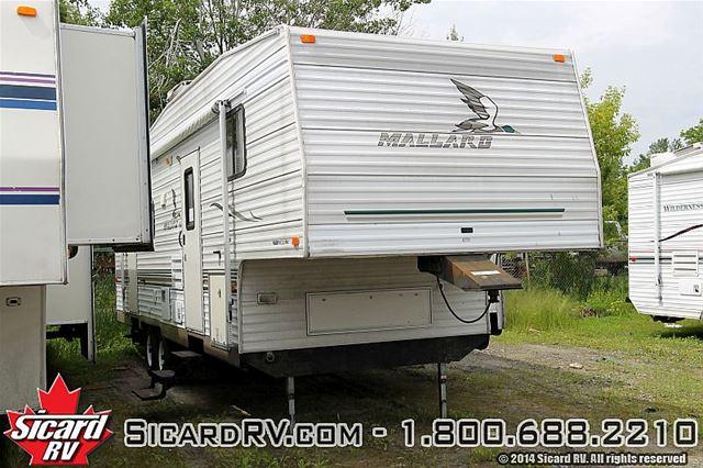 2004 FLEETWOOD RV 305S