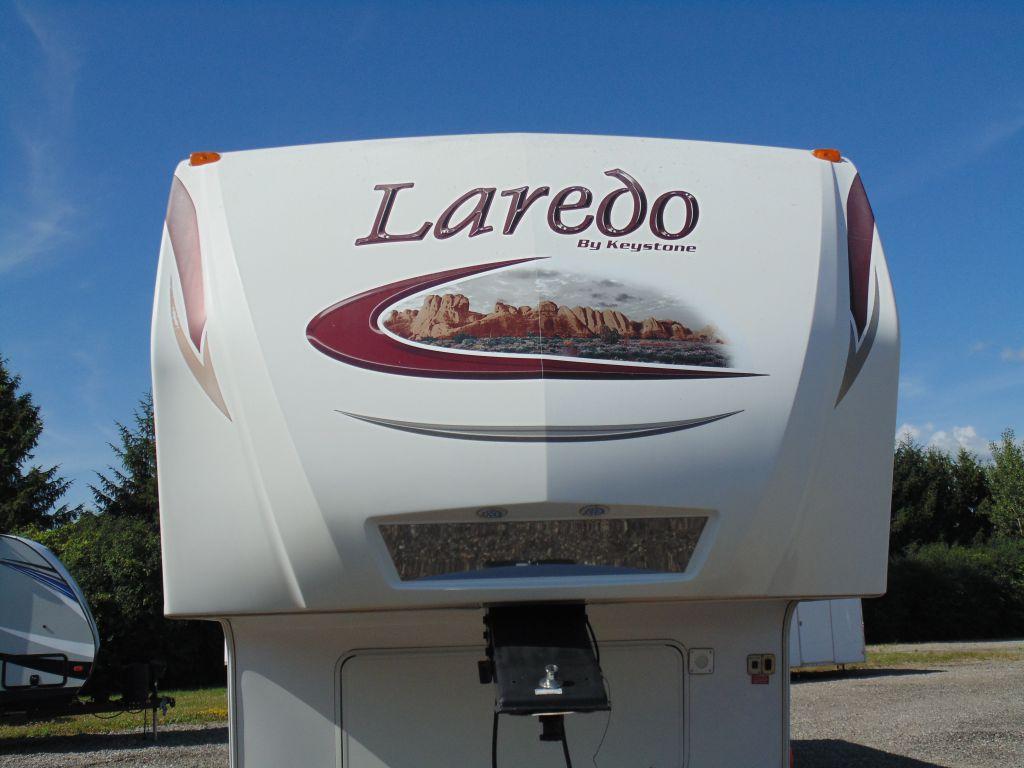 2010 KEYSTONE RV LAREDO 305