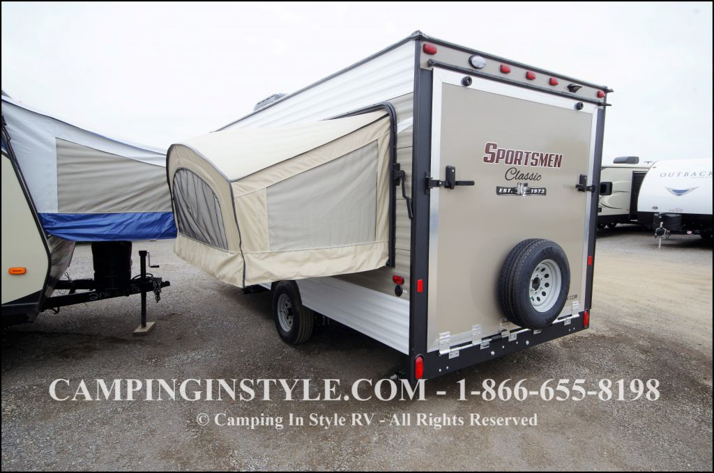 Cool But A Quick Search On The Go RVing Canada Website Found What We Were Looking For At OWASCO RV Centre In Whitby, Ont We Opted For A 8metre Coachmen Freelander With All The Comforts Of Home, Including A Queensize Bed In The