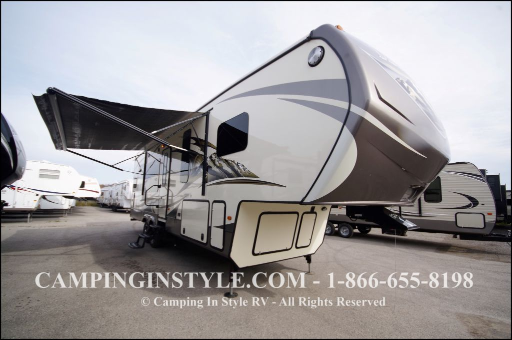 2014 KEYSTONE MOUNTAINEER 295RKD (couples)