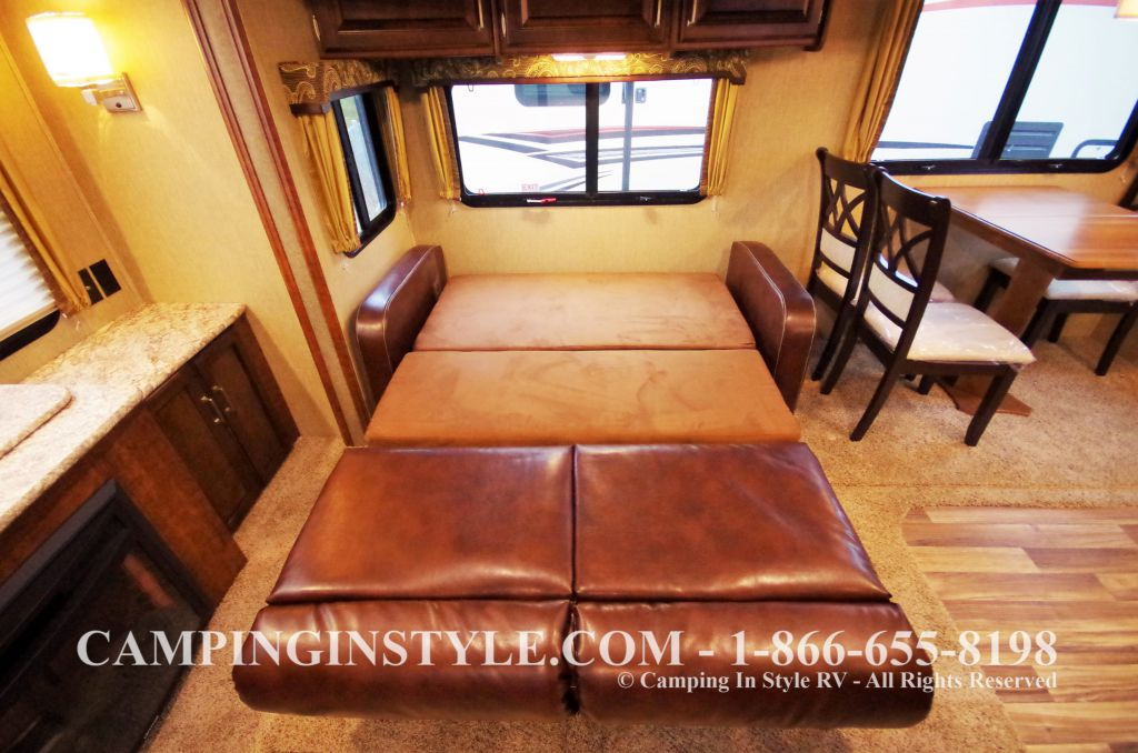 2016 KEYSTONE OUTBACK 298RE (couples) DEMO - Image 14