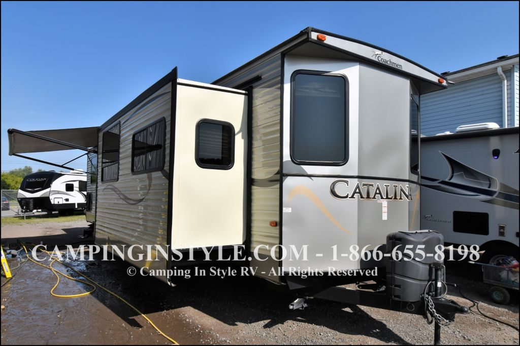 2015 COACHMEN CATALINA 39MKTS (couples) - Image 1