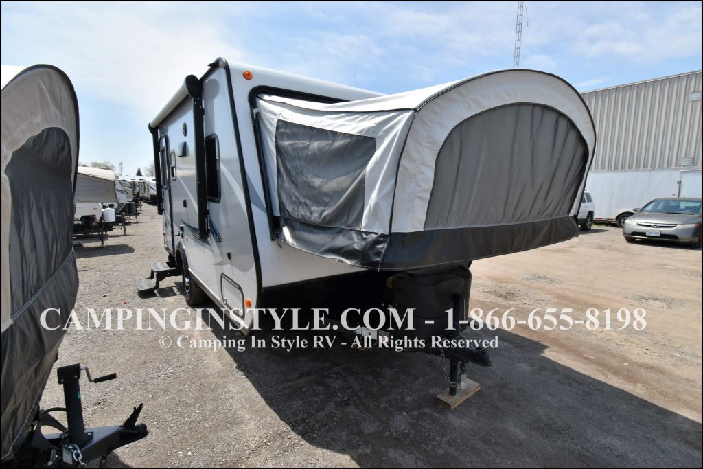 2017 JAYCO JAY FEATHER X-17Z (bunks) - Image 1