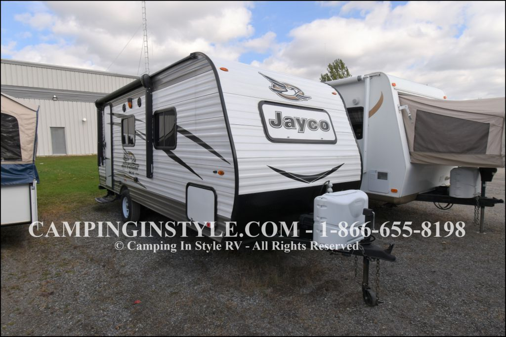 2017 JAYCO JAYFLIGHT SLX 195RB (couples)