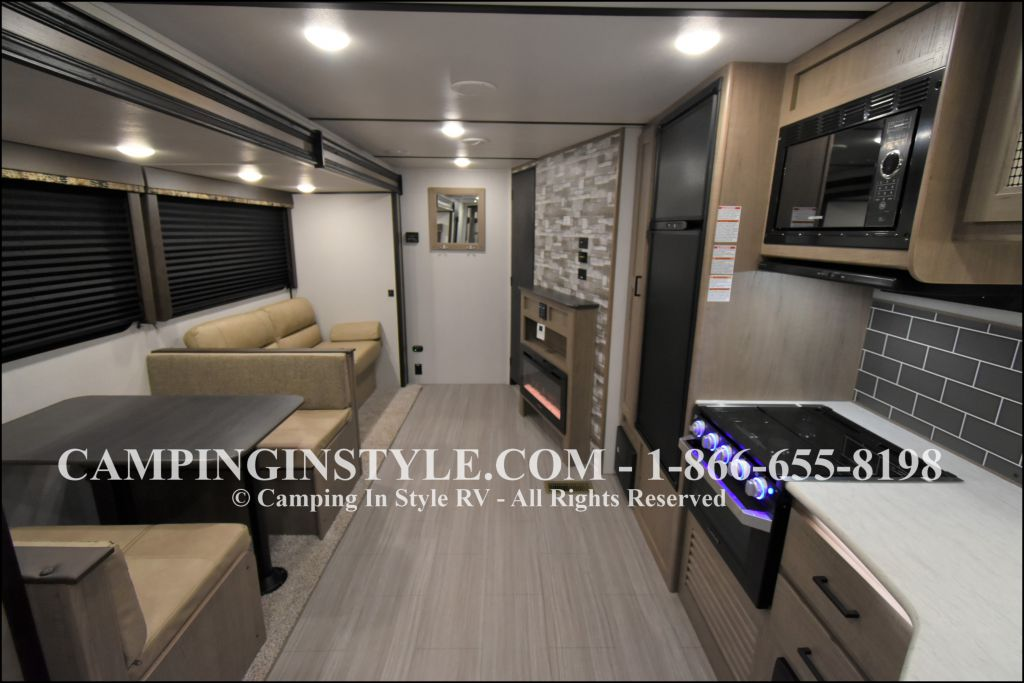 2020 KEYSTONE HIDEOUT LHS 338LHS (bunks) - Image 3