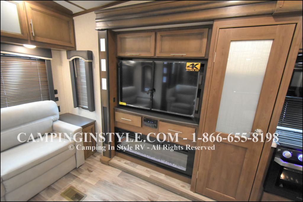 2020 KEYSTONE COUGAR 315RLS (couples) - Image 8