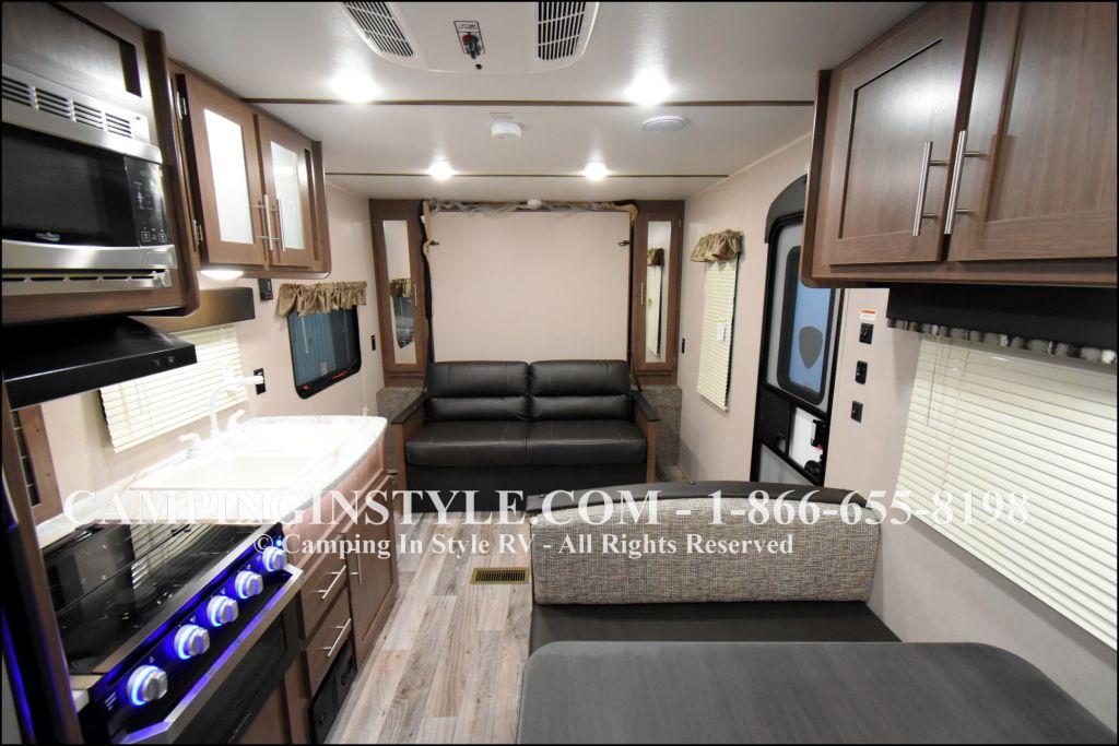 2019 KEYSTONE HIDEOUT LHS 212LHS (bunks) - Image 4