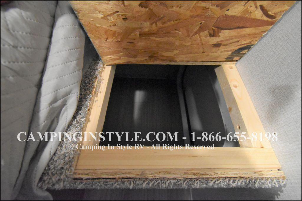 2020 KEYSTONE HIDEOUT LHS 338LHS (bunks) - Image 16