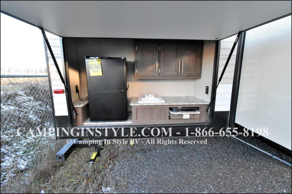 2019 KEYSTONE HIDEOUT LHS 338LHS (bunks) - Image 14