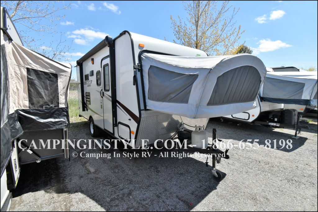 2014 STARCRAFT LAUNCH 17SB (bunks)