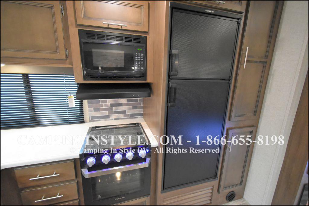 2020 KEYSTONE RV COUGAR HALF-TON 29MBS (bunks) - Image 9