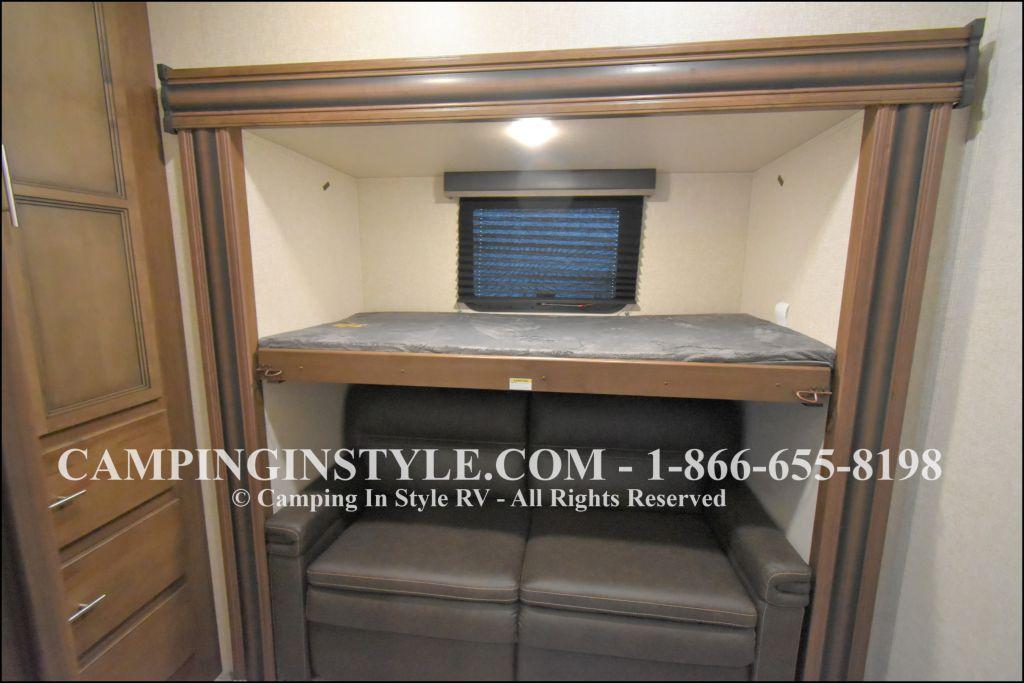 2020 KEYSTONE RV COUGAR HALF-TON 29MBS (bunks) - Image 11
