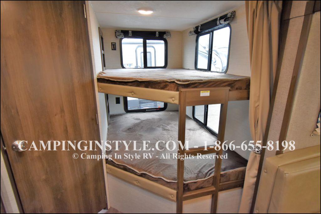 2019 KEYSTONE BULLET 272BHS (bunks) - Image 8