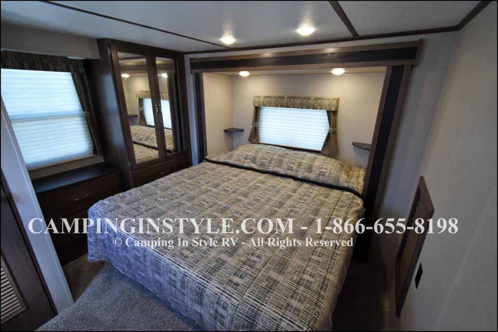 2020 KEYSTONE RETREAT 391LOFT (bunks) - Image 16
