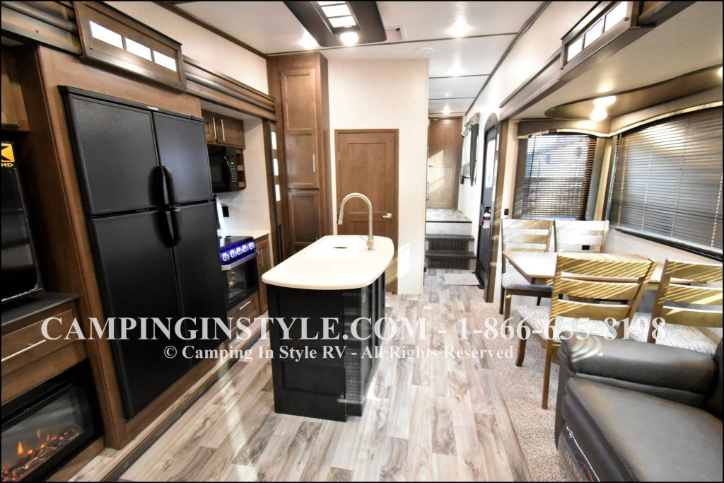 2019 KEYSTONE COUGAR 368MBI (bunks) - Image 3