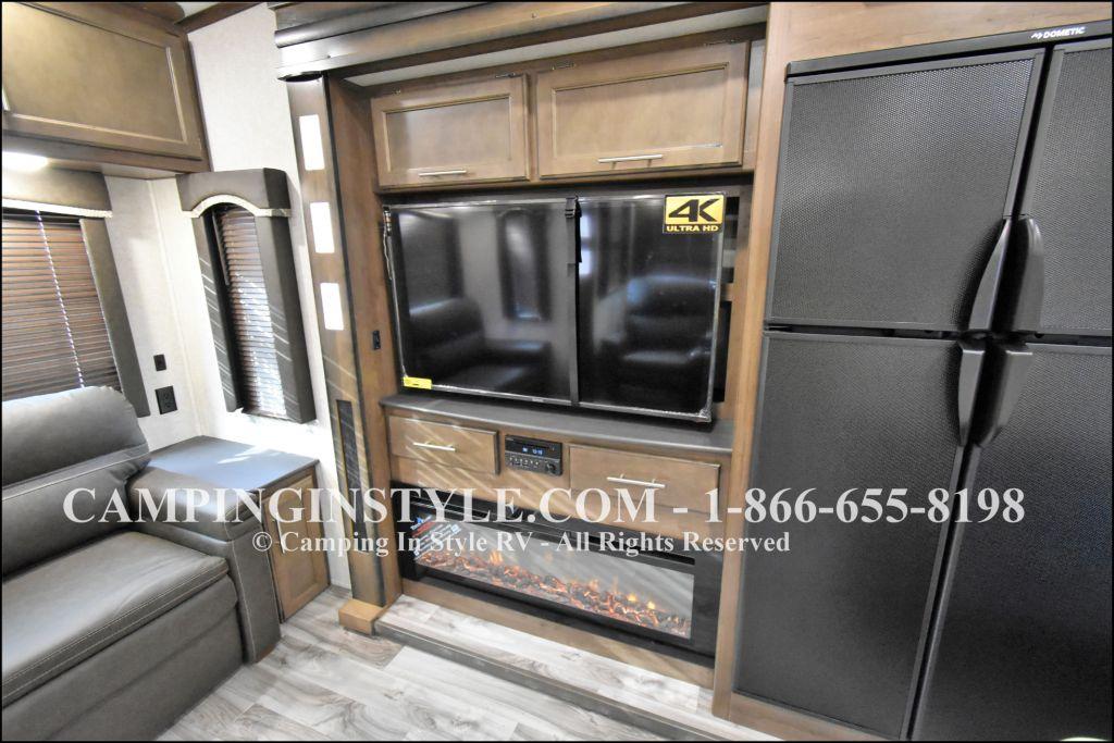 2019 KEYSTONE COUGAR 368MBI (bunks) - Image 7