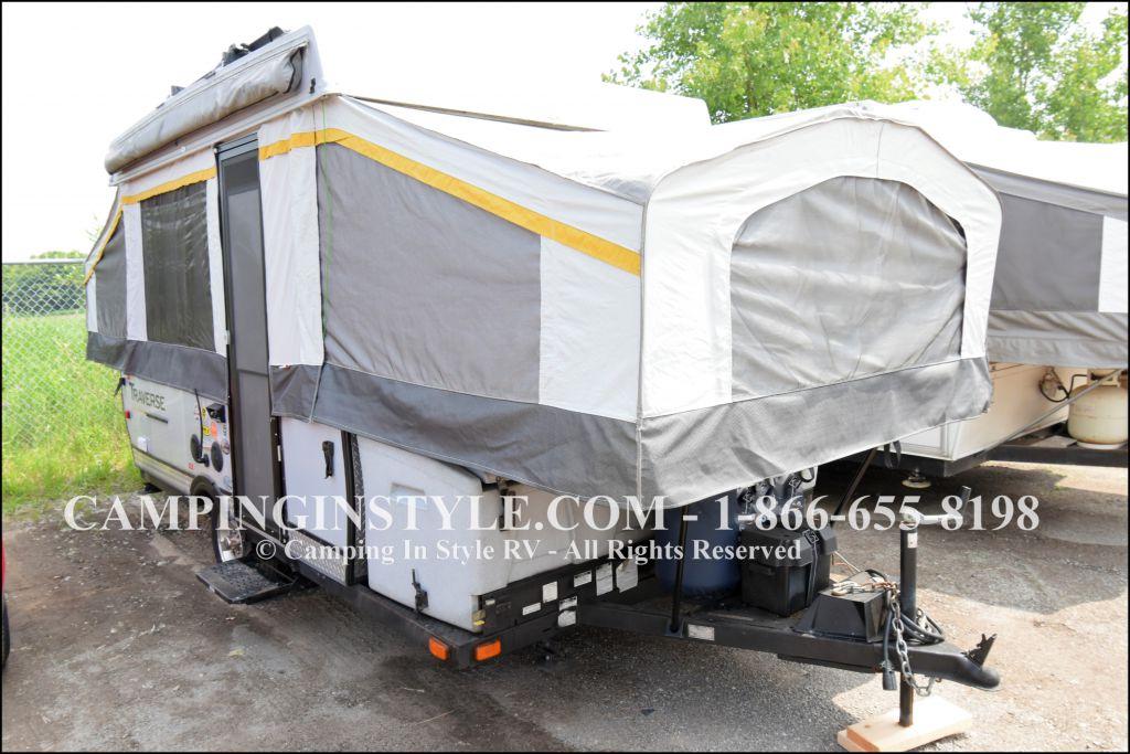 2013 PALOMINO TRAVERSE ACADIA (bunks)