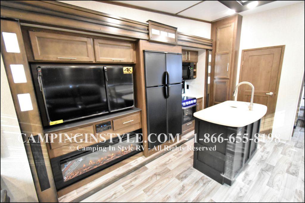 2019 KEYSTONE COUGAR 368MBI (bunks) - Image 8