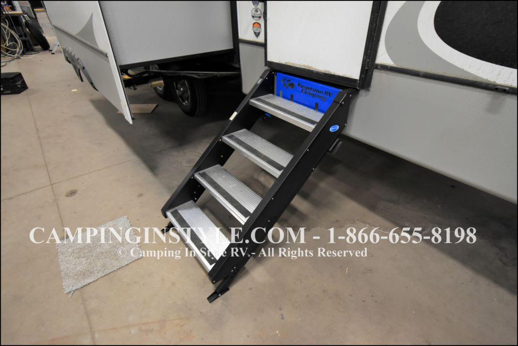2020 KEYSTONE COUGAR 353SRX (bunks) - Image 23