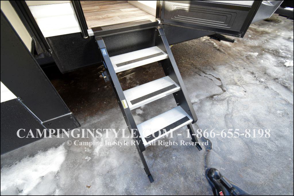 2019 KEYSTONE HIDEOUT 32FBTS (bunks) - Image 18