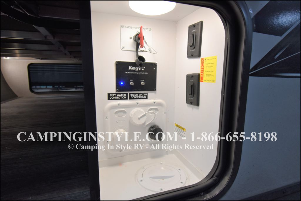 2020 KEYSTONE RV BULLET 258RKS (couples) - Image 17
