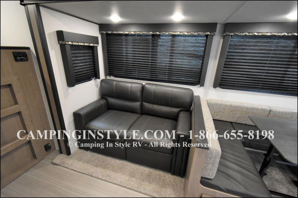 2020 KEYSTONE HIDEOUT 28BHS (bunks) - Image 6