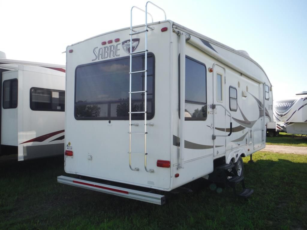 New And Used Rv Fifth Wheels For Sale Rvhotline Canada