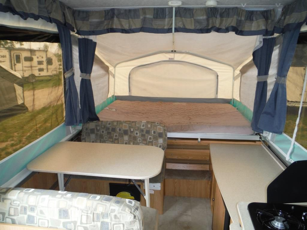 Used 2010 Palomino Yearling 4120 Tent Trailer 519114