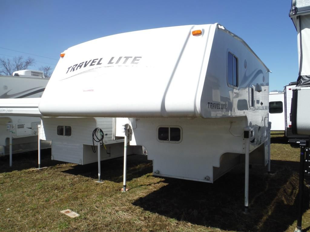 Frontal View of a 2011 TRAVEL LITE Ultra, 900SBSL