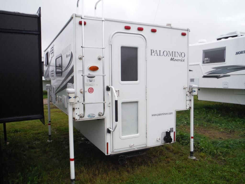 Frontal View of a 2011 PALOMINO Maverick, 800