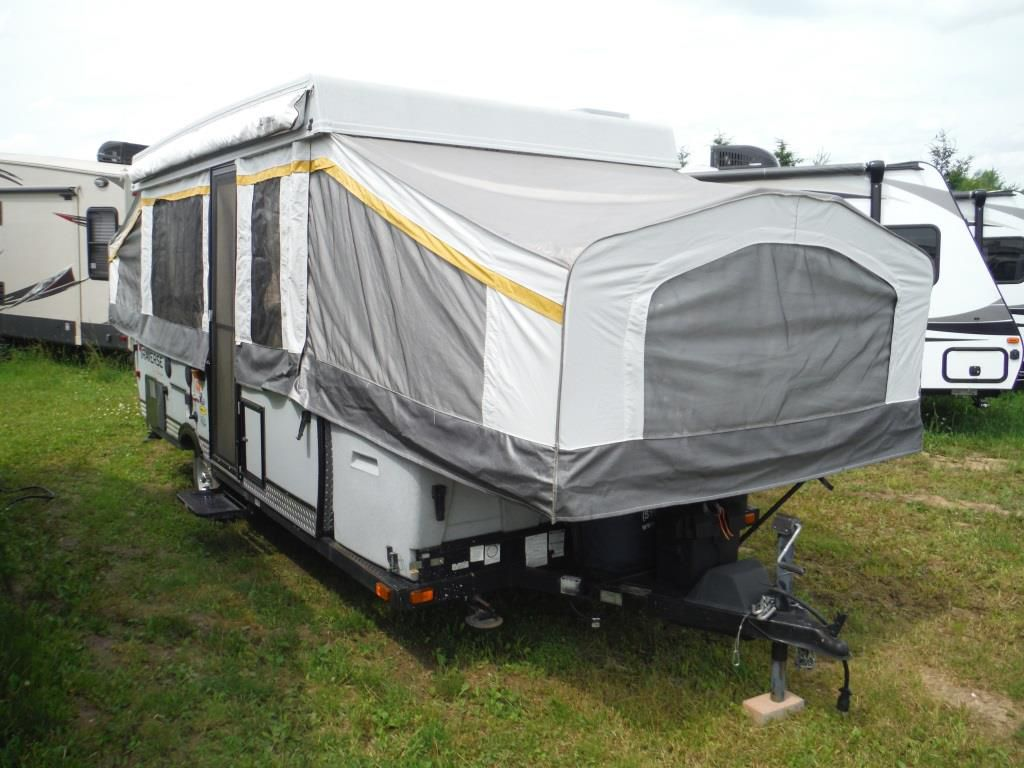Frontal View of a 2012 PALOMINO Traverse, Sequoia