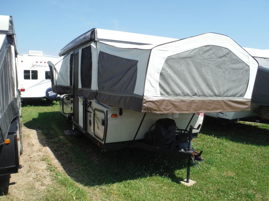Frontal View of a 2014 ROCKWOOD Premier, 2514G