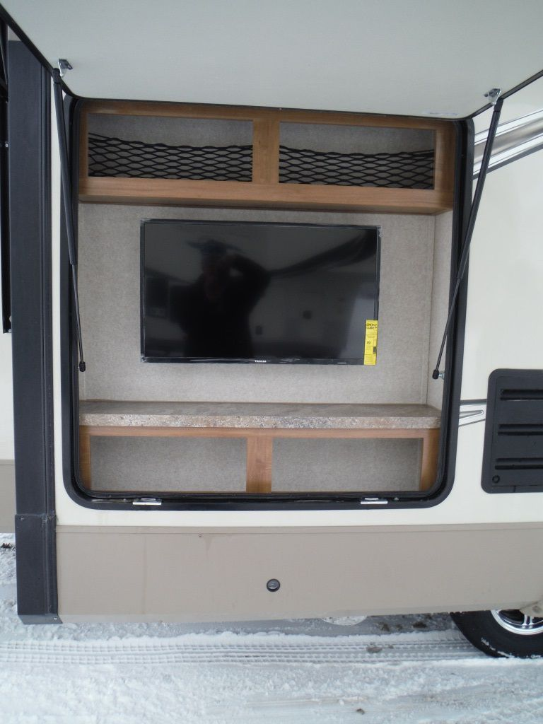 New 2018 Flagstaff Classic Super Lite 8528ckwsa Fifth Wheel 547269 Rvhotline Rv Trader