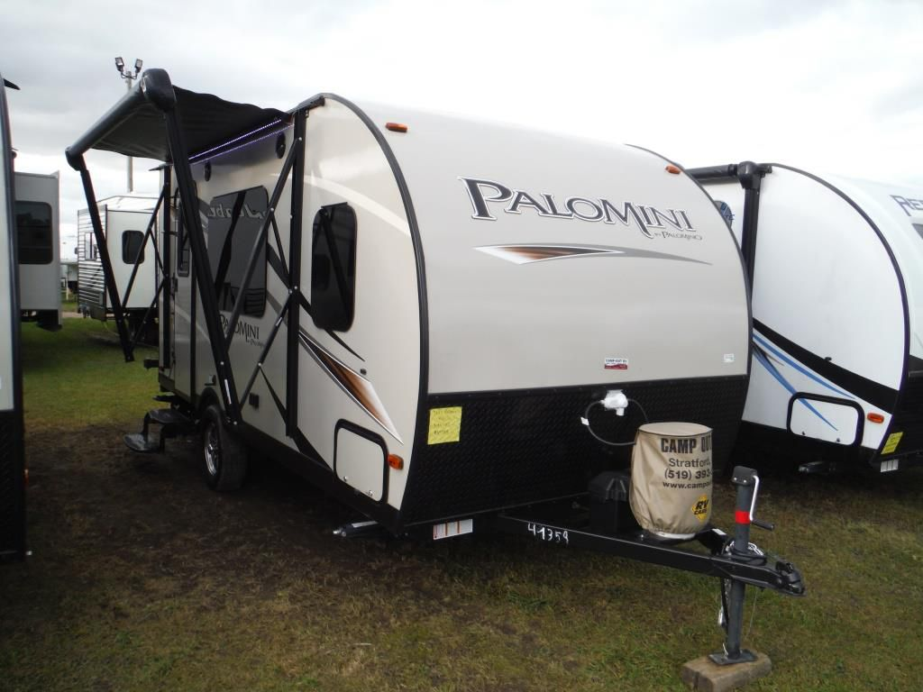 Frontal View of a 2018 PALOMINO Palomini, 160RB