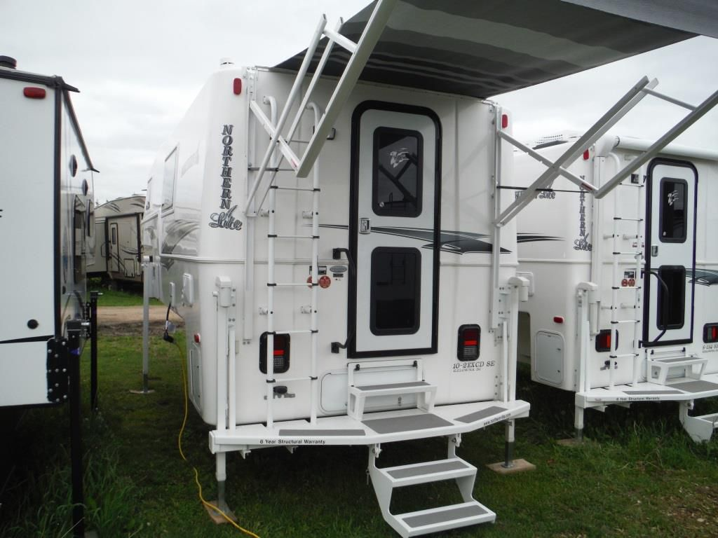 Frontal View of a 2019 NORTHERN LITE 10'2, SE Wet Bath