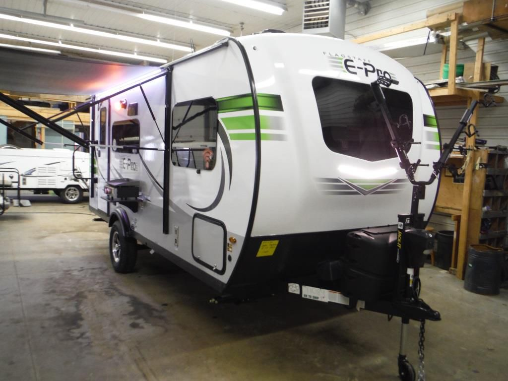 Frontal View of a 2020 FLAGSTAFF E-Pro, 19FBS