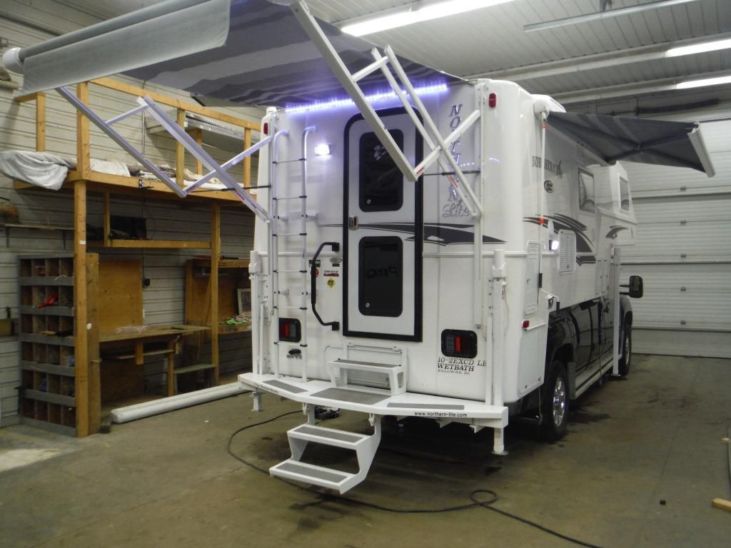 Frontal View of a 2020 NORTHERN LITE ,, 10'2 EX CD LIMITED EDITION