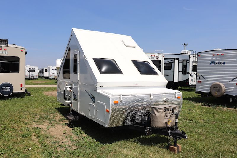 Frontal View of a 2013 FLAGSTAFF A-Frame, 12DDST