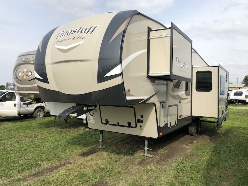 New and Used RV Motorhomes, Travel Trailers, and Camper for Sale